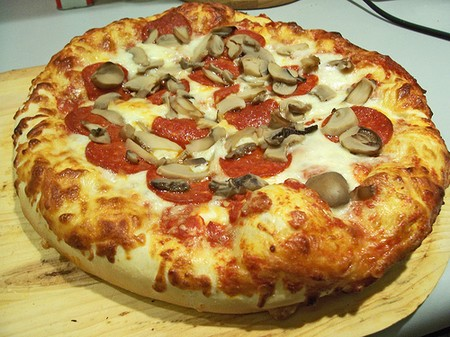 ... Crust Pizza: Thick crust pizza is the pizza in which the dough